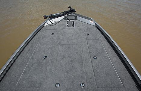 Spacious Bow Deck