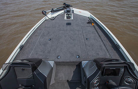 Spacious Bow Deck