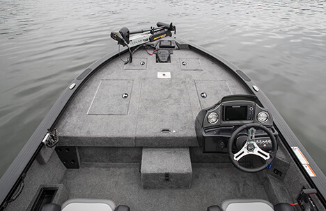 Spacious Bow Casting Deck