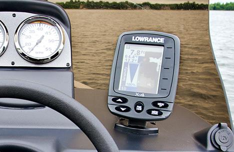 Lowrance X-4 Fishfinder