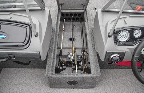 Center Rod locker with Battery Storage