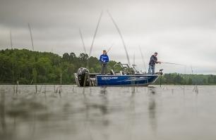 1850 Super Hawk Fishing