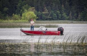 1750 Fish Hawk Fishing