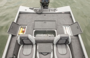 Open Stern Compartments
