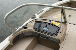 1750 Fish Hawk Port Console Windshield