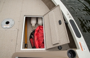 1850 Fish Hawk Bow Starboard Storage