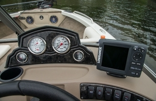 Sportfish Helm Station