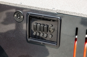 1450 Discovery Tiller Switch Panel