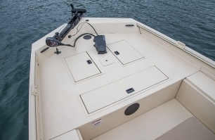 Bow Deck with No Seat