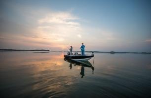 1750 Fish Hawk Fishing 3