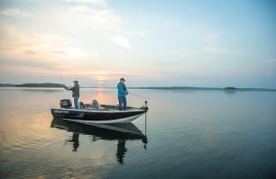 1750 Fish Hawk Fishing 4