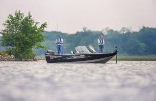 1750 Super Hawk Fishing 4