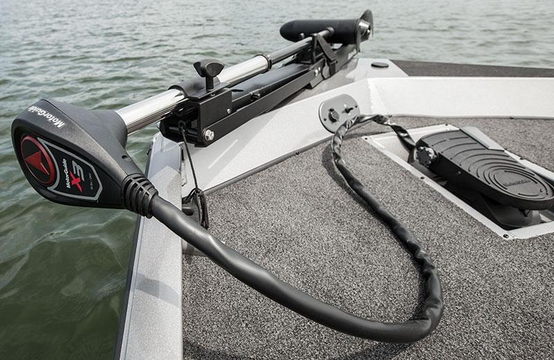 Crestliner VT 19 | 19 Foot Aluminum Bass Fishing Boats