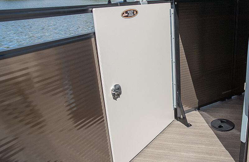 Stern Sunpad w/Storage