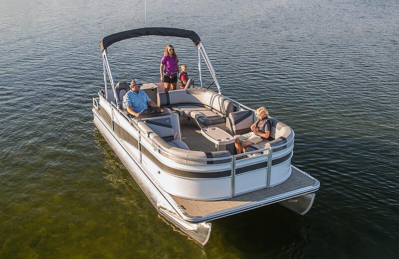 Crestliner 240 Rally Pontoon | 24 Foot Aluminum Pontoon Boat