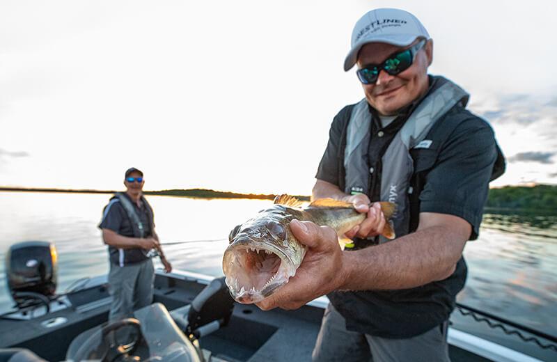 Fish Hawk 1850 Fishing