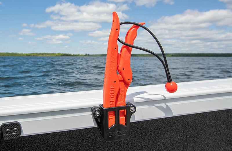 SureMount Fish Grip