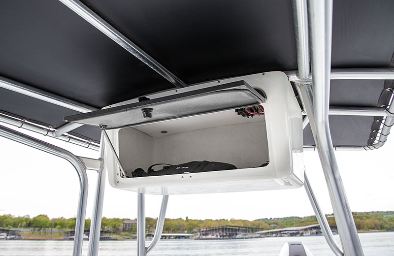 Our 22 Aluminum Center Console Boat 2200 Bay