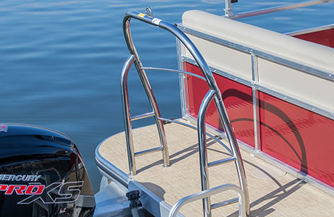 Pontoon Boat Ski Tow Bar >> Discover the Crestliner 160 Sprint |16 Foot Ultra-Value Pontoon Boats