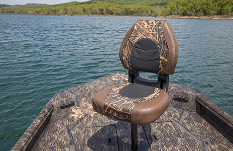 Angler Seat with Pedestal on Bow